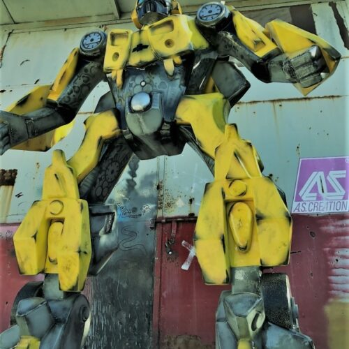 Model Transformera Bumblee 220 cm